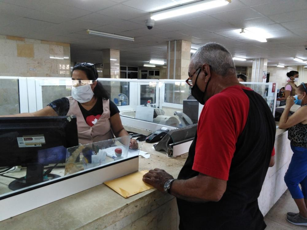 Amplían horarios sucursales bancarias en Camagüey