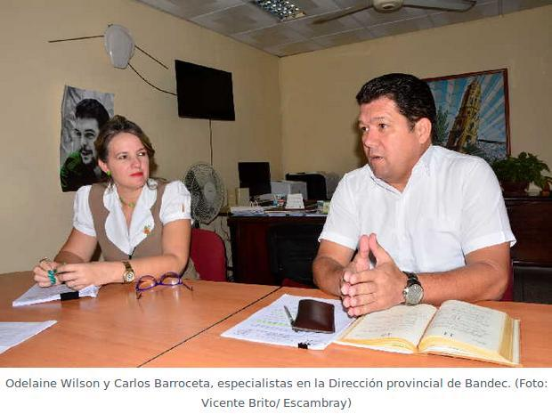 Odelaine Wilson y Carlos Barroceta, especialistas en la Dirección provincial de Bandec